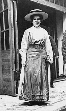 Mathilde Wurm (1874-1934): amiga de Rosa e Clara Zetkin. Ingressou no SPD em 1896 e, mais tarde, participou di USPD. Foi vereadora em Berlim. Exilou-se na Inglaterra, onde se suicidou.