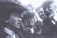 Rosa Luxemburgo e August Bebel (1840-19040, em 1904.
