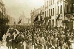 Soldados-bolcheviques-em-Moscou_1917