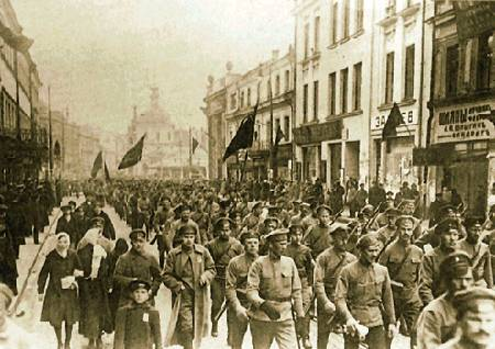 Foto: Soldados bolcheviques em Moscou, em 1917/ Editora Dietz – Fundação Rosa